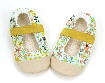floral mary janes, baby girl shoes, blue and yellow, mary jane baby shoes, floral booties, elastic baby shoes for girl, toddler mary janes