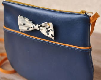 Small knot Twist Mustard and blue metallic shoulder bag