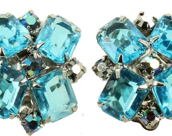 Vintage Juliana Aqua Blue & Clear Rhinestone clip Back Square Earrings 3/4""