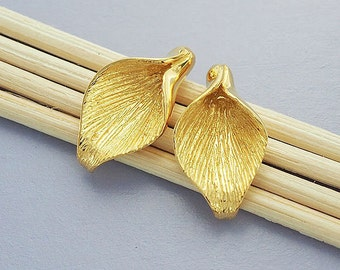 2 of 925 Sterling Silver  24k Gold Vermeil Style Calla Lilly Bead Caps 10.5x18mm. :vm0502
