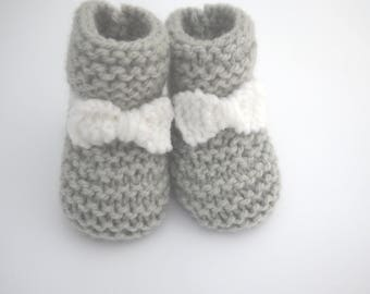 baby wool light gray and white bow 0/3 month birth maternity gift idea