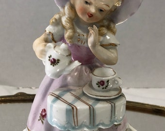 Vintage tea party girl - kitschy girl pouring tea - mid century ceramic - Kawaii cute - Tea Party Ceramic figurine - gift for her - rare