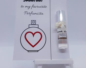 Shoutout to My Favourite Perfumista Card with Perfume