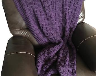Beautiful Purple Blanket ****FREE SHIPPING****