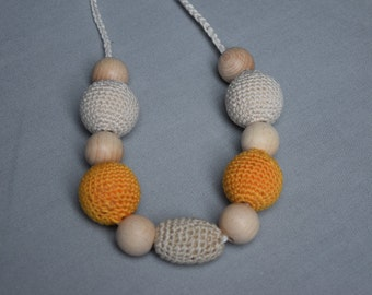 Yellow Breastfeeding Necklace - Crochet Nursing Necklace  - Teething necklace with crochet beads - baby shower gift
