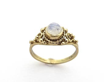 Moonstone Ring, Stone Ring, Brass Ring, Moonstone Jewelry, Boho Ring, Bohemian Jewelry, Dainty Ring, Women Ring,  Jewelry for Her, Moonstone