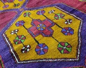 """Rare Vintage 1950-1960s Vegy Dye 4'6""""×9' Wool Pile Vegy Dye Tribal Rug"""