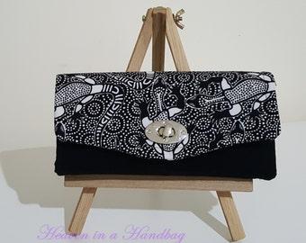 Necessary Clutch Wallet / Clutch Bags / Smartphone wallet / Aboriginal Goanna