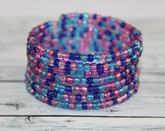 Transparent blue and purple glass beads memory wire bracelet