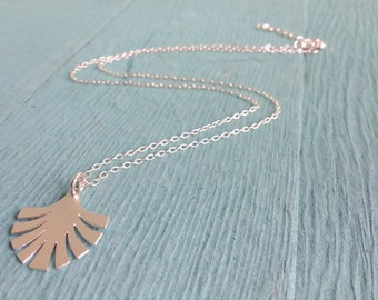 Silver Palm Leaf  Necklace,  Leaf  Necklace, Silver Necklace, Palm Leaf Pendant, Petite Necklace, Nature Necklace, Bridesmaid gift
