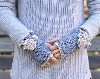 Classic Rose Fingerless gloves,Grey, Ivory, Hand painted merino wool, Rose hand warmers, Rose cuff, Grey merino wool, Grey Rose gloves