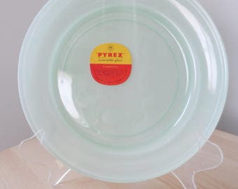JAJ pyrex sprayware green new old stock dinner plate with label