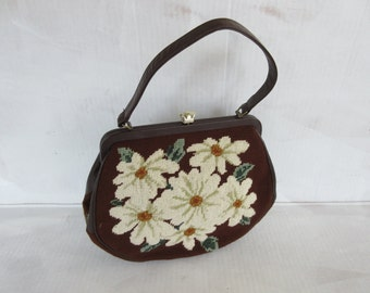 Vintage Embroidered Flowers Bouquet Purse