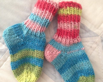 Handknit baby socks- size 0-6 months- washable wool- 1 pair