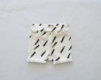 Baby shorts/short diagonal stripes black white-baby clothing