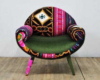 Smiley Armchair - green love