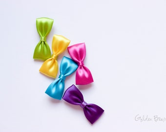 Golden Beam - Girls Bows - Set of 5 Small Satin Bow Clips - Flower Girl bows - Small Satin Handmade Bow Clip - Rainbow Bows