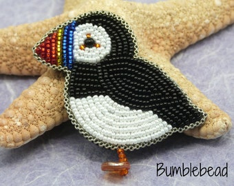 Little Puffin Brooch  - A Bead Embroidery Tutorial