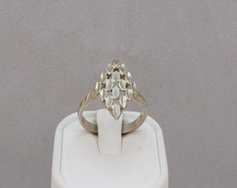 Sterling Silver Diamond Cut Ring size 7