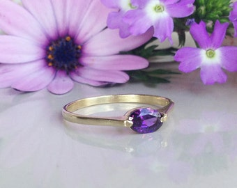 20% off- SALE!! Amethyst Ring - February Birthstone - Gemstone Ring - Oval Ring - Stack Ring - Faceted Ring - Purple Ring - Simple Ring