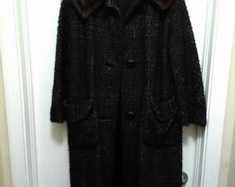 1950's Vintage Tweed Coat with Fur Collar