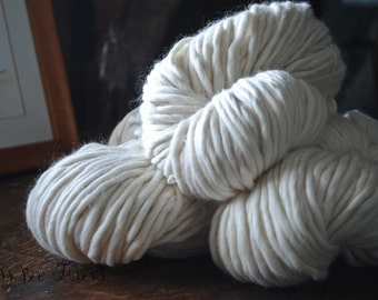 Undyed Yarn 100% Merino Soft Chunky Heavy Bulky Natural Ecru White Giant Knitting, Crochet, Weaving - 250 grams skein