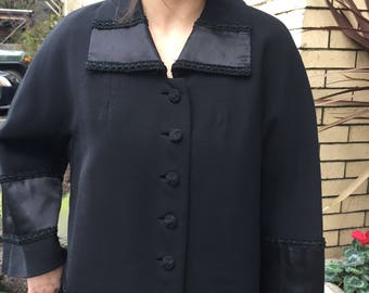 20's-30's Beautiful black coat~ Downton Abby style~ wool~ satin border~ size Medium - large