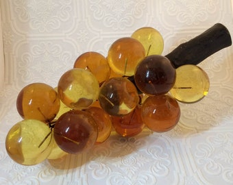 Lovely Large Bunch of Vintage Lucite Grapes -  Amber Gold Brown Earthtones