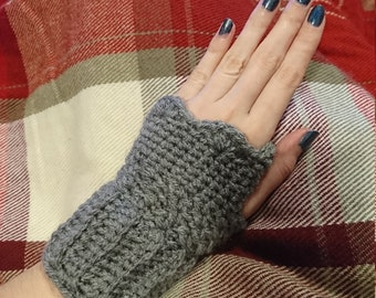Crochet Wristwarmers Grey Aran Wool
