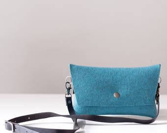 Tiny Hip Pouch in Turquoise