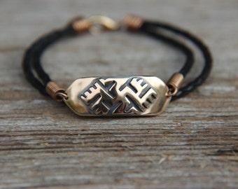 Bronze bracelet with Luck Cross