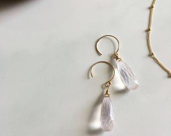 Rose quartz natural pink gemstone teardrop-shape handmade healing 14kgf earring