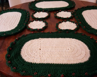 Crochet Placemats and Coasters set of 4