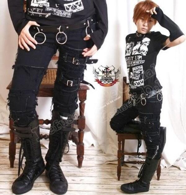 Emo girl skinny jeans