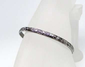 He Loves Me Not, He Loves Me ... Sterling Silver Floral Motif Slave Cuff With Stainless Steel Captive Bead Ring Clasp Made To Order
