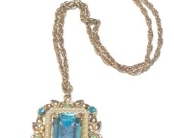 Gorgeous Vintage Aquamarine Rhinestone Pendant Necklace