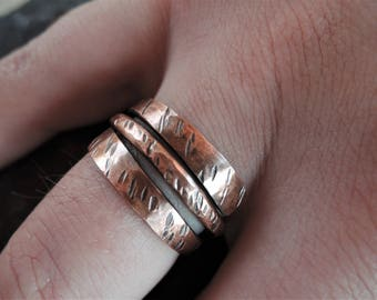 Rustic copper ring - Hammered copper ring - Textured ring - Wide copper ring men's or women's - Wrap around ring