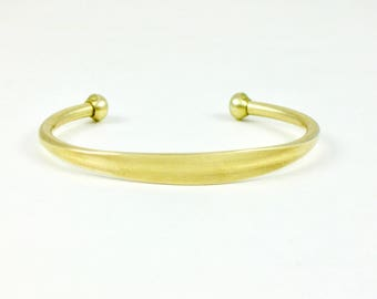 Blank brass BRACELET cuff jewelry embellishment with flat area (T104)