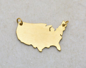 United States Map Silhouette Charm Link Brushed 24k Gold Plated Stainless Steel Map Connector Layered Charm Minimal Jewelry Pendant (AS050)