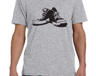 Mens chaussures de Tennis TShirt Mens Graphic Tee Mens t-shirt cadeau pour athlète imprimé en sérigraphie