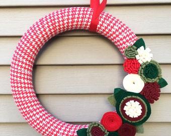 Christmas Wreath, Houndstooth Fabric Wreath, Houndstooth Wreath, Felt Flower Wreath, Holiday Wreath, Ribbon Wreath, Primitive Wreath, Wreath