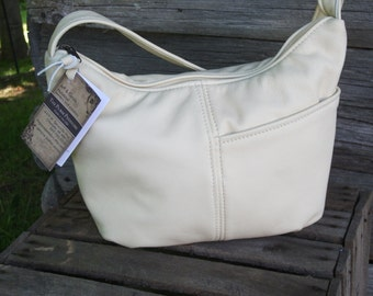 Cream Leather Purse-Leather shoulder bag for women-Meduim Leather Purse-Summer Bag for Women-Cream Leather Brenda style-Made in Michigan,USA