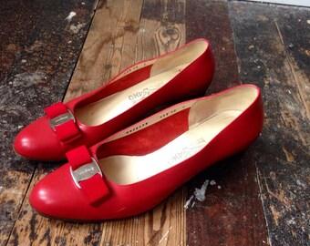 Red Salvatore Ferragamo Vara pumps shoes 10C
