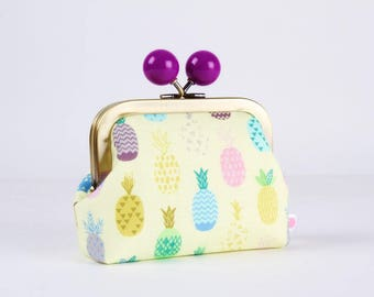 Metal frame coin purse with color bobble - Colorful pineapples on light yellow - Color dad / Tropical fruits / Green pink turquoise purple
