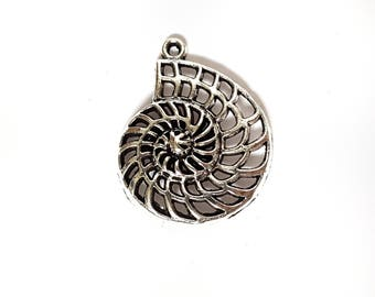 Silver pendant necklace ammonite fossil paleontology biology science shells seaside WITH CHAIN