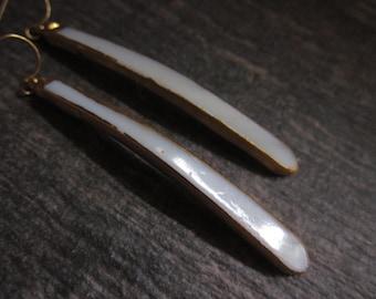 Pearl Earrings,Long Pearl Earrings,Pearl Spear,Long Modern Pearl,Gold,Long Dangle Earrings,Gold Edged Pearl,Mother of Pearl,Modern Pearl