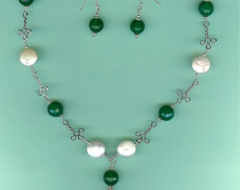 NECKLACE SET Green Agate Freshwater Coin Pearls Sterling Silver Celtic Link Drop Set