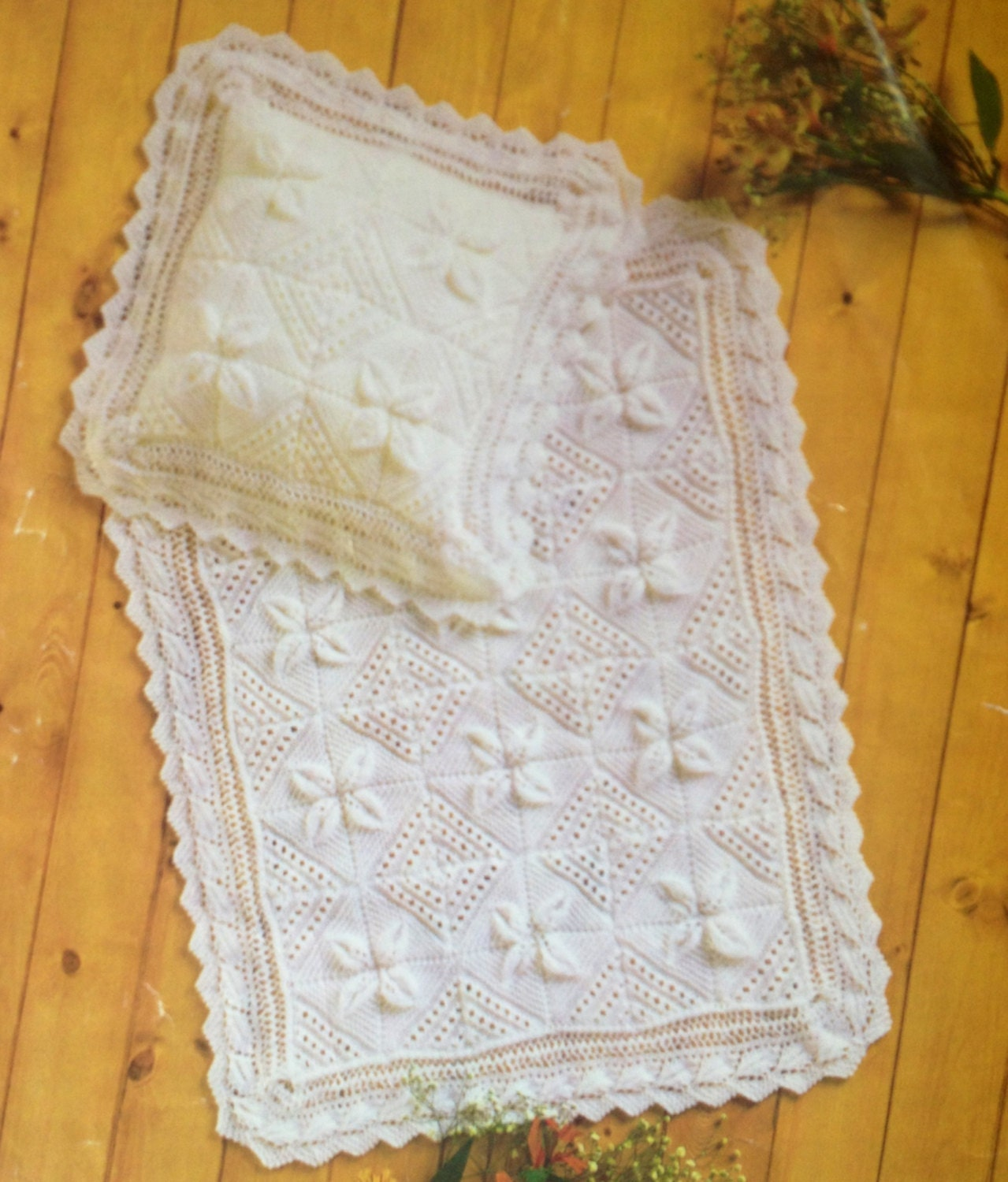 baby blanket and pillow case knitting pattern vintage style leaf ...
