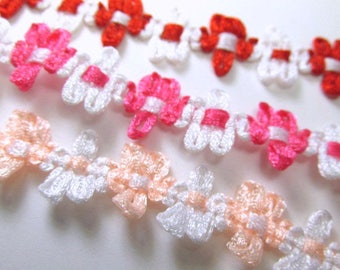 Daisy Flower 10mm Narrow Trim by the yard in Red White or Hot Pink White