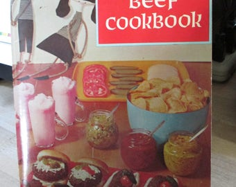 Viintage 1967 Recipe folder - Advertising Ground Beef Cookbook ! Over 500 Recipes - Estate find from cookbook collection
